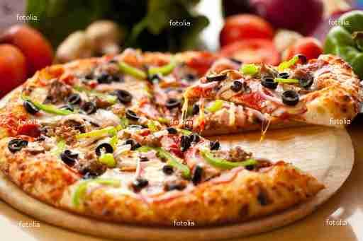pizza la laureenne votre pizza traditionnelle au feu de bois maison carr e laure gignac. Black Bedroom Furniture Sets. Home Design Ideas